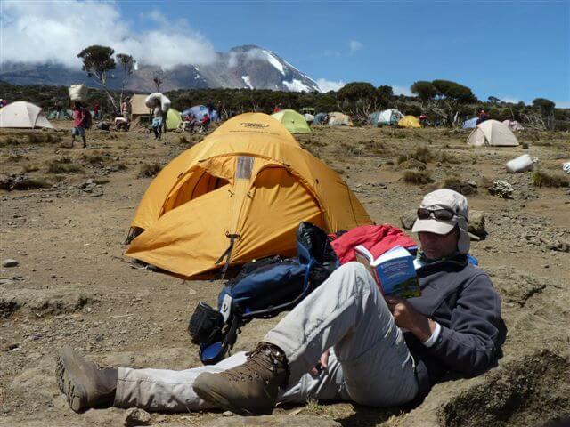 Relaxen tijdens beklimming Mount Kilimanjaro, Tanzania