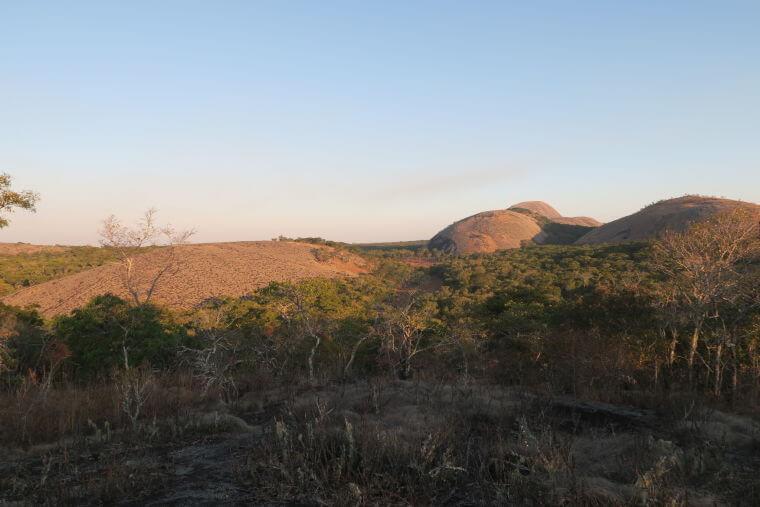 Granieten rotsen in Mutinondo Wilderness Area Zambia