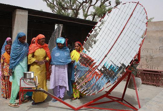 Tanzaniaanse plattelandsvrouwen worden zonne-ingenieurs (@Happynews)