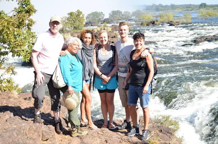 Familie Scheeper bij Victoria watervallen Zambia