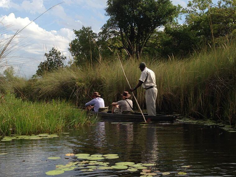 Mokoro tocht bij Kanana Camp Okavango Delta Botswana