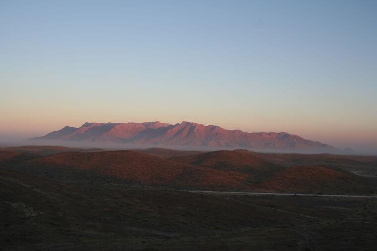 Brandberg bij zonsopkomst Namibië