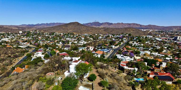 Overzicht Windhoek startpunt van uw safari op maat in Namibië