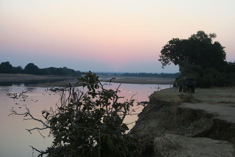 Luangwa rivier in Luangwa vallei, Zambia