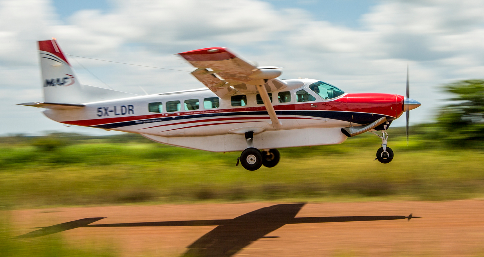 Fly-in safari Uganda