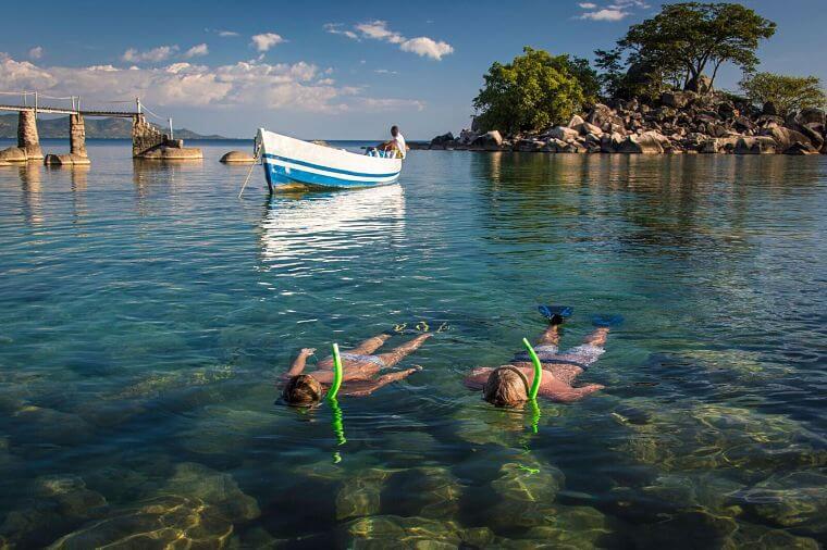 Snorkelen in Lake Malawi bij Kaya Mawa