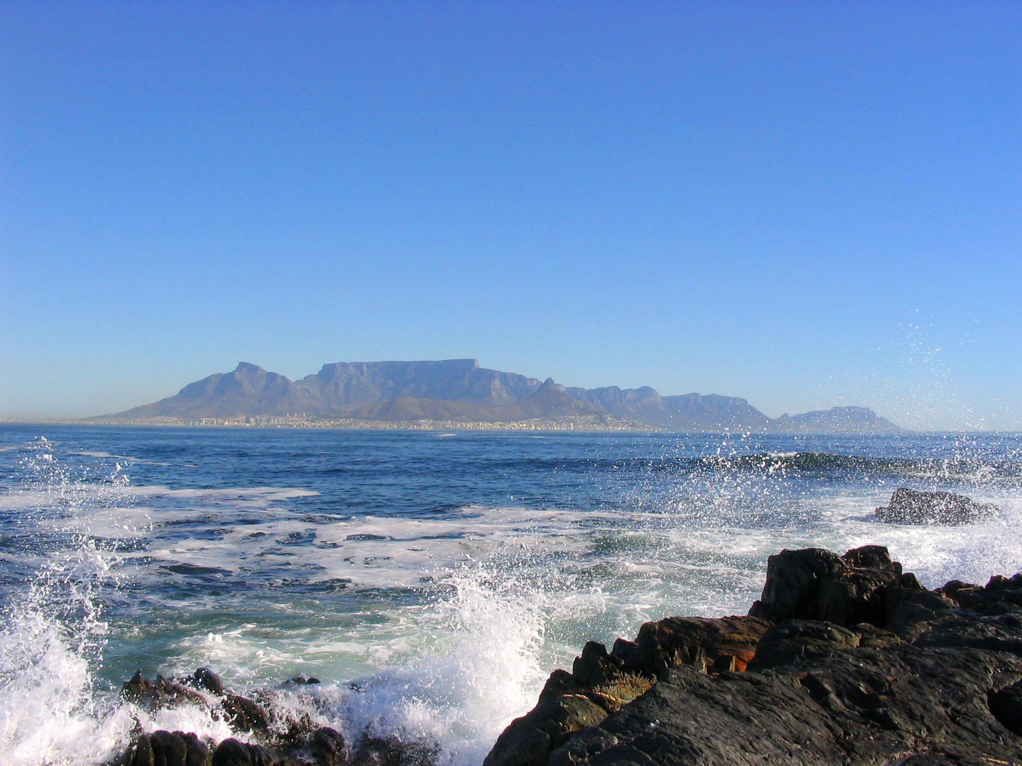 Kaapstad met Tafelberg vanaf Robben Island Zuid-Afrika