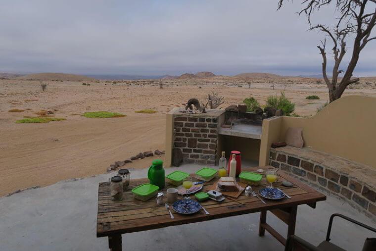 Wüstenquell Guest Farm ontbijt in Zebra Outpost
