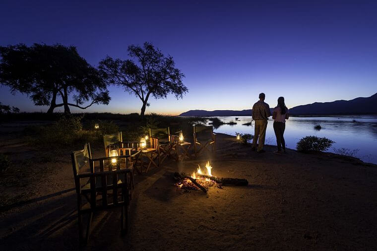 Zonsondergang John's Camp Mana Pools Zimbabwe