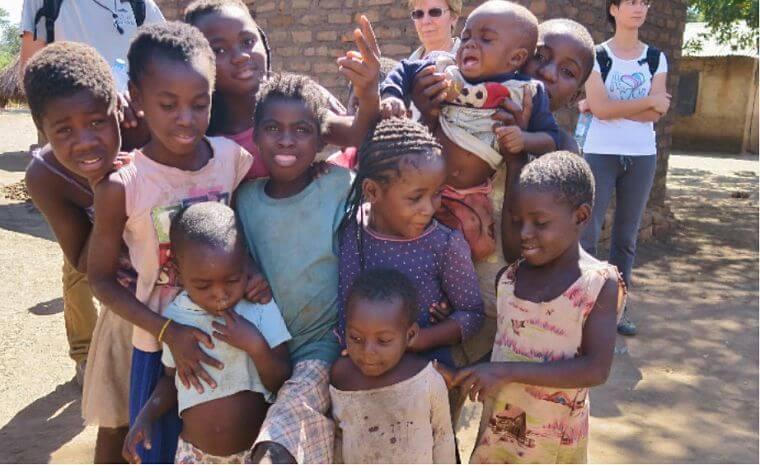 Kinderen bij South Luangwa National Park Zambia