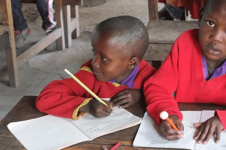 Schoolkinderen in Arusha Tanzania