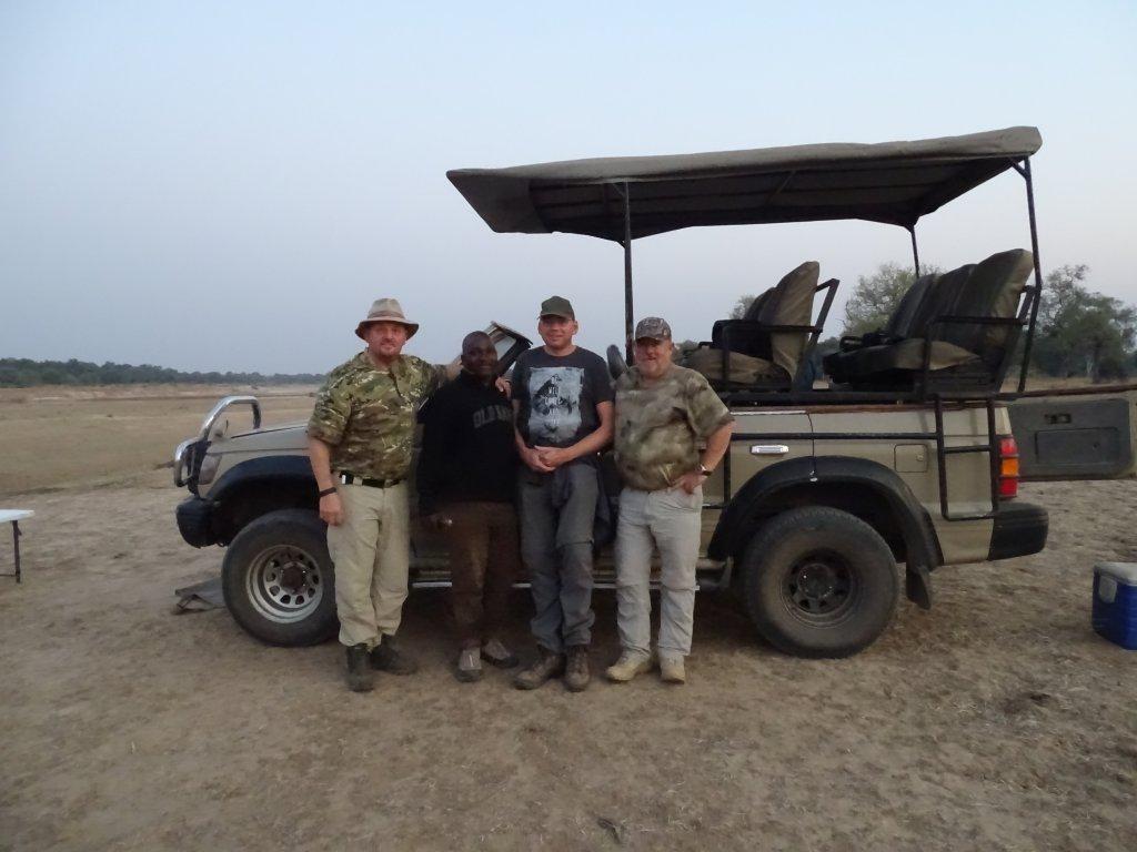 Chris, Paul en Wilco op safari in Zambia en Malawi