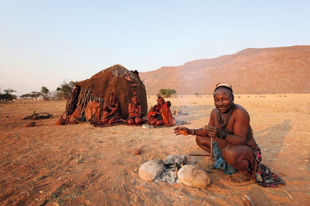 Himba's in noord Namibië