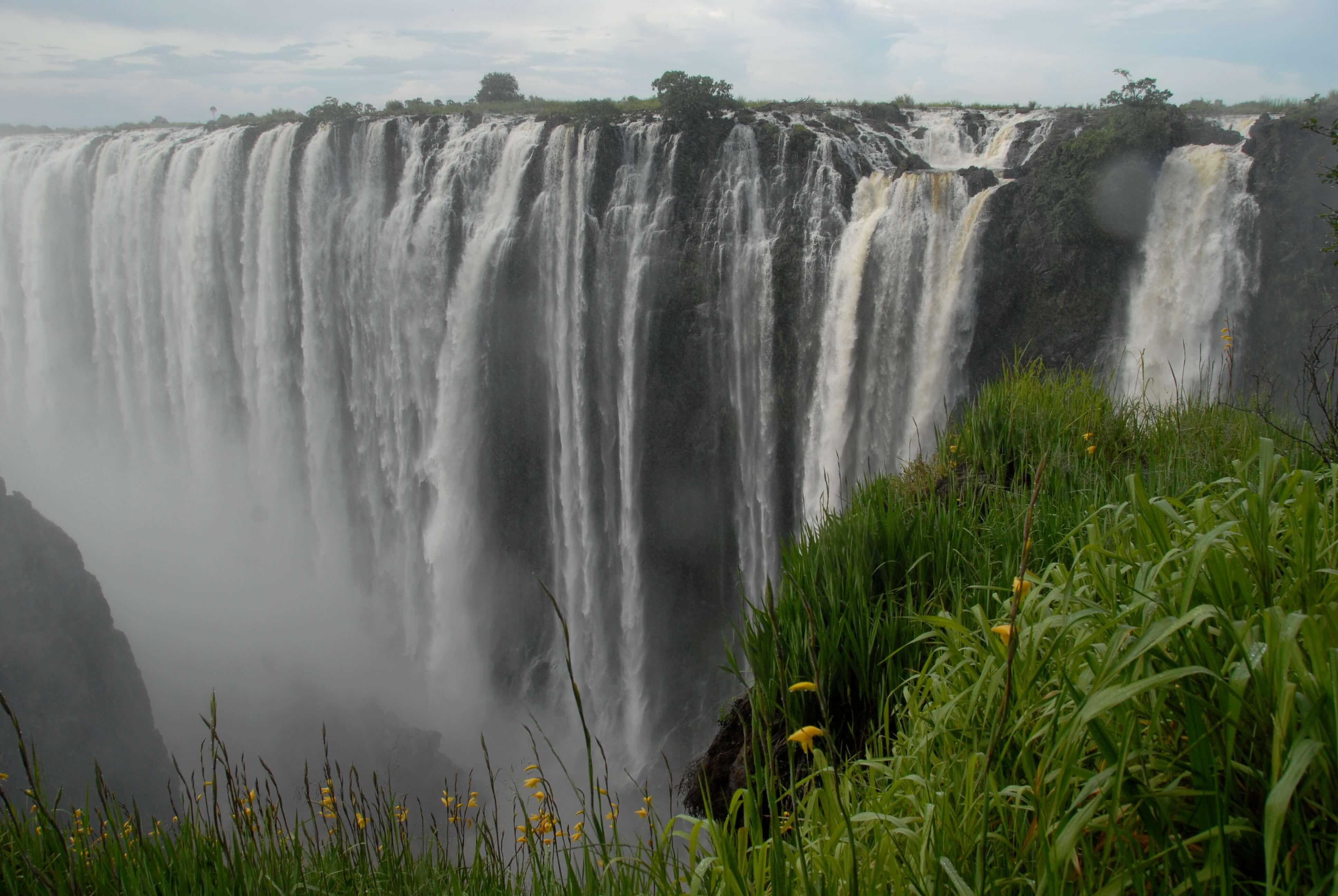 Victoria watervallen - 1 van de 7 natuurlijke wereldwonderen