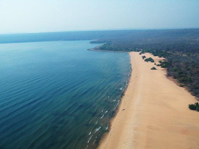 Lake Tanganyika, kustlijn, Zambia