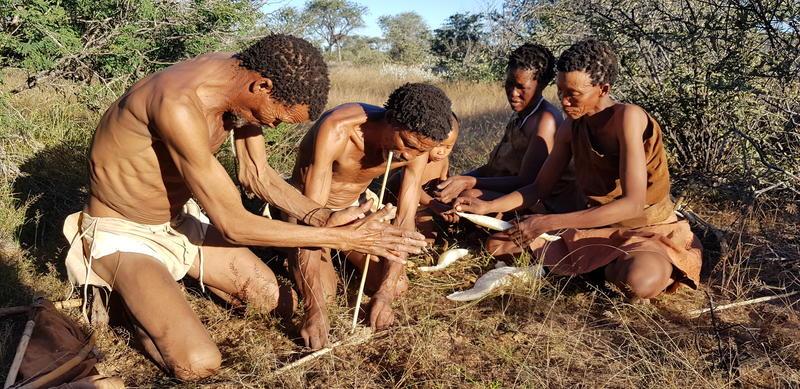 Wandeling met San Bushmen in Ghanzi Botswana