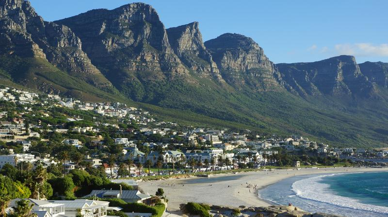 Camps Bay bij Kaapstad in Zuid-Afrika