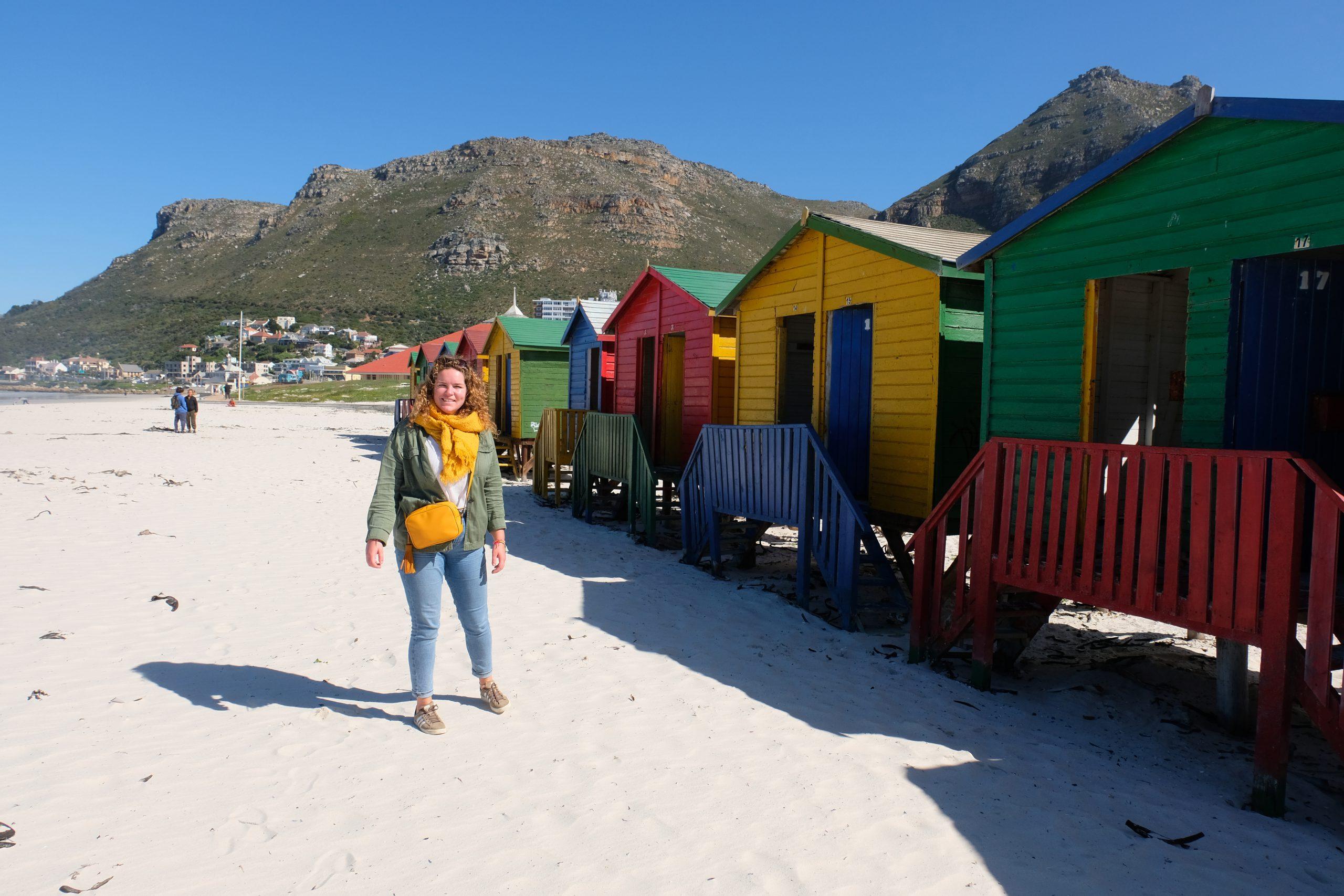 Felgekleurde strandhuisjes bij Muizenberg Zuid-Afrika