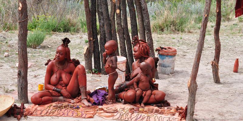 Himba gemeenschap nabij Opuwo Namibië