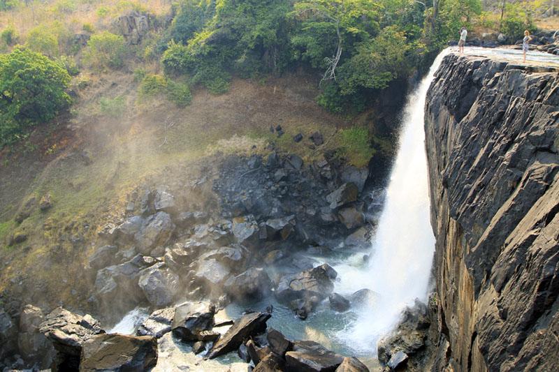 Chishimba Falls vanaf bovenloop Zambia