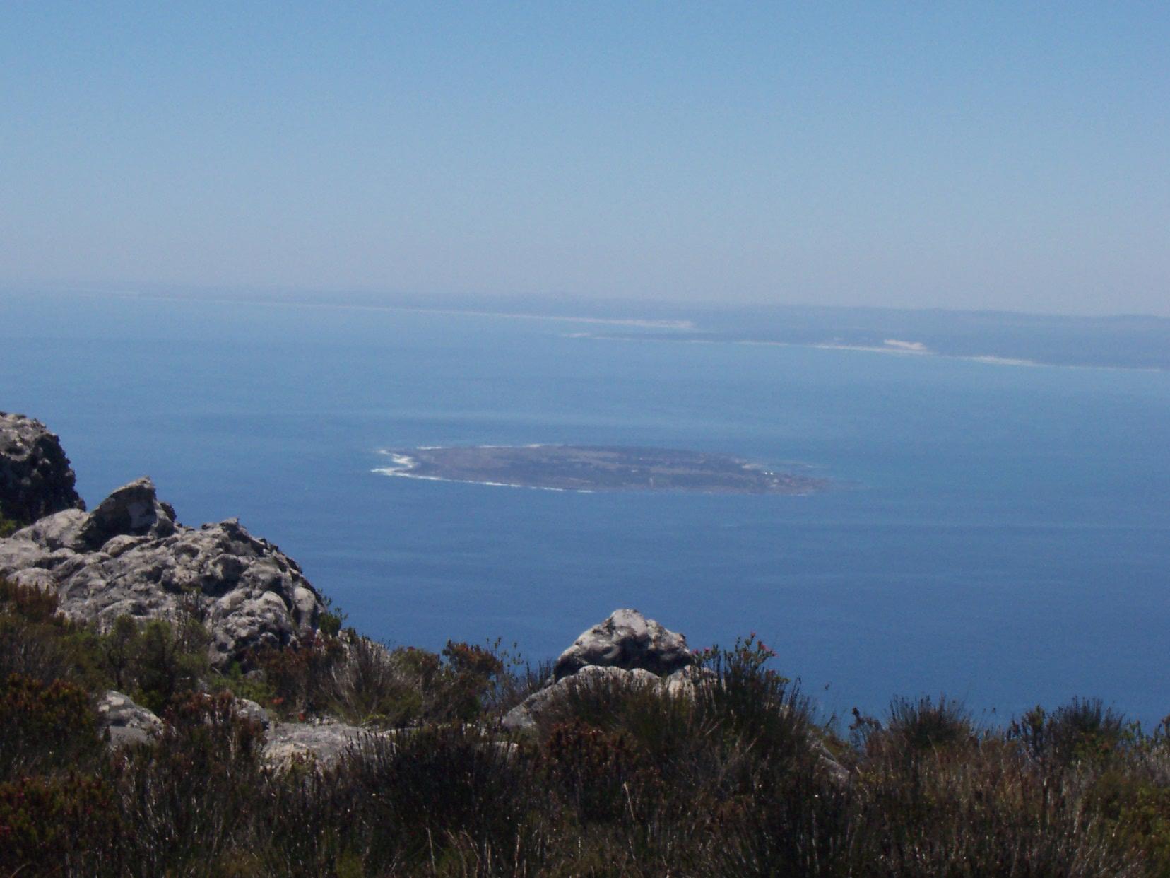 Robben Island vanaf de Tafelberg Zuid-Afrika