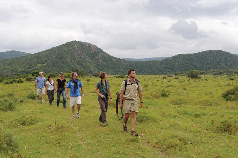 Wandel safari met ranger in Kariega Game Reserve Zuid-Afrika