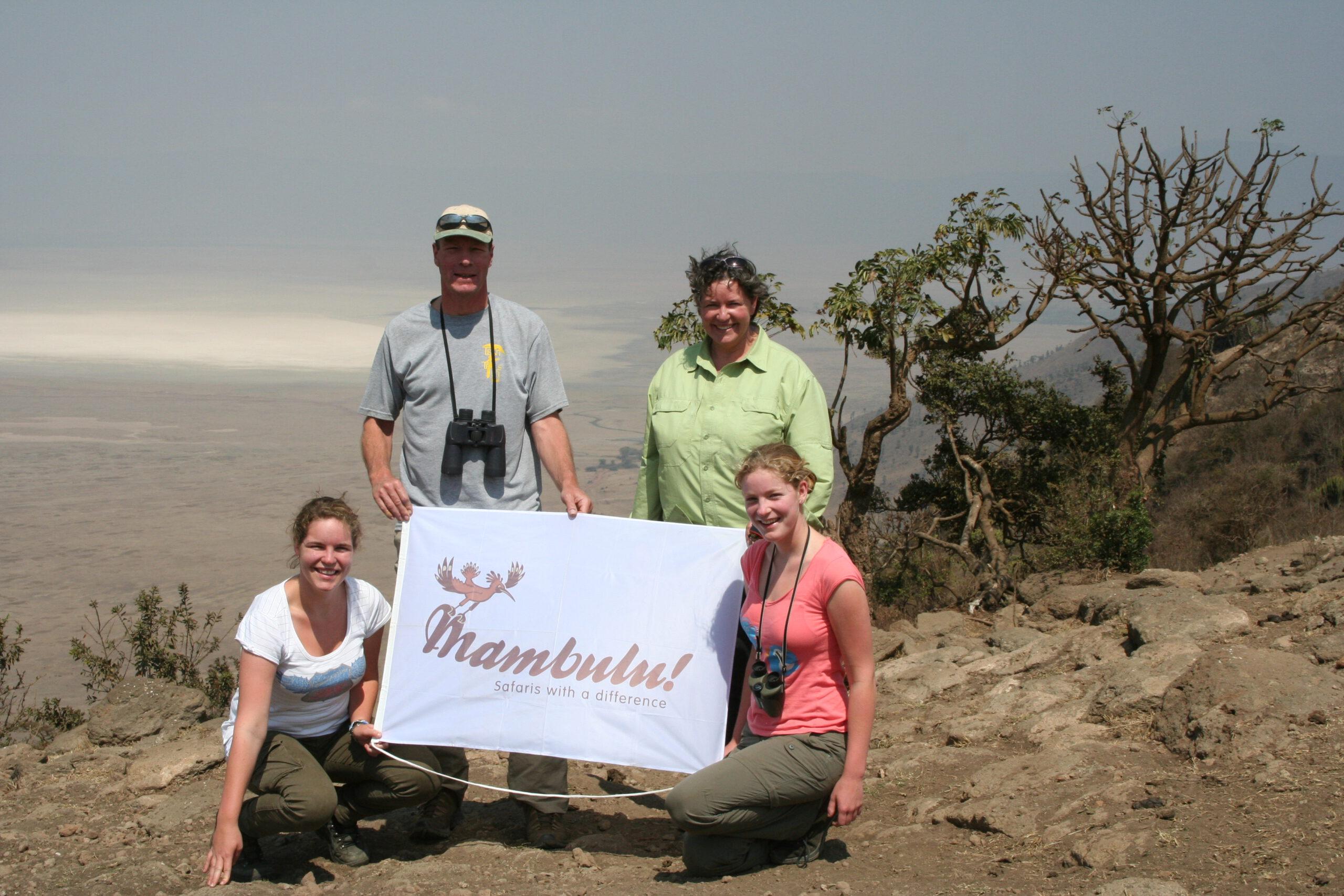 Mambulu! Safaris op rand Ngorongoro Crater in Tanzania